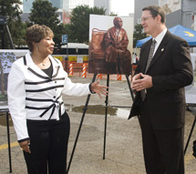 Image: Dallas Congresswoman Eddie Bernice Johnson and DART President/Executive Director Gary Thomas participated in the groundbreaking of the Rosa Parks Plaza, a future DART patron facility. The statue of Parks, which will be a centerpiece of the plaza is shown in the photo between Rep. Johnson and Thomas.